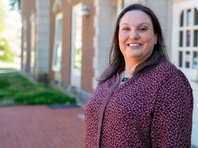Bobbi Knapp's service, leadership earn her Women of Distinction Award