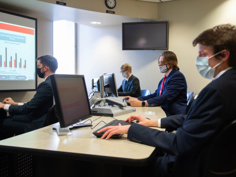 SIU students win major equity analysis competition